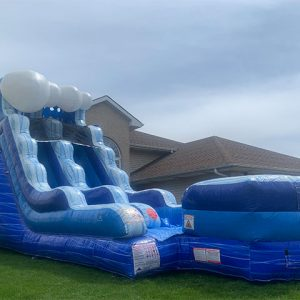 15 foot single lane slide with pool side view